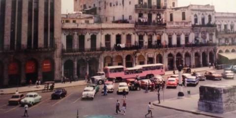 Pink Bus CUBA